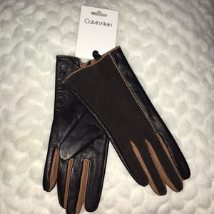 CALVIN KLEIN WOMENS SIZE MEDIUM GLOVES